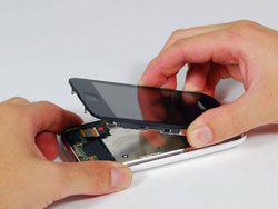 Быстрая замена стекла и замена тачскрина iPhone в Ярославле